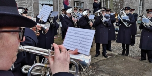 Carolling at Glamis Castle